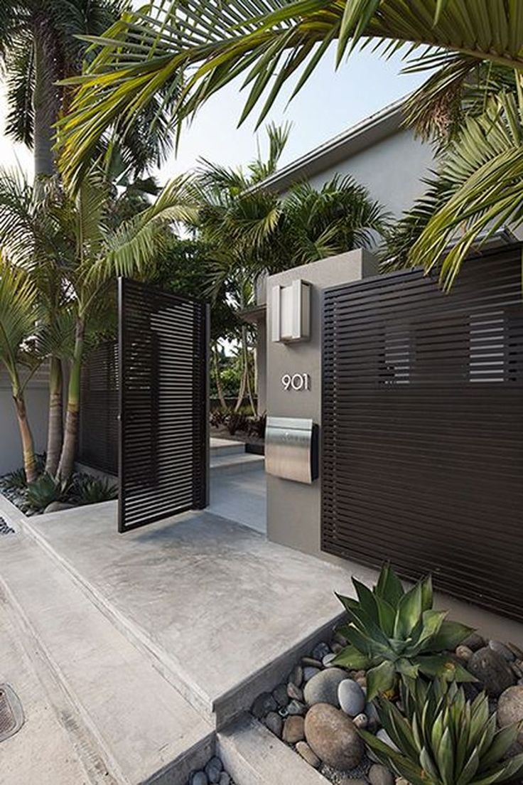 60 Amazing Modern Home Gates Design Ideas https://decomg.com/60-amazing-modern-home-gates-design-ideas/