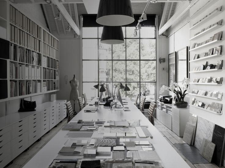 Top 25 Interior Design Stores in the UK | @laurahammettltd  #laurahammett  #beststoresinlondon #topstores #interiordesignstores #designstores #interiorinspiration #london