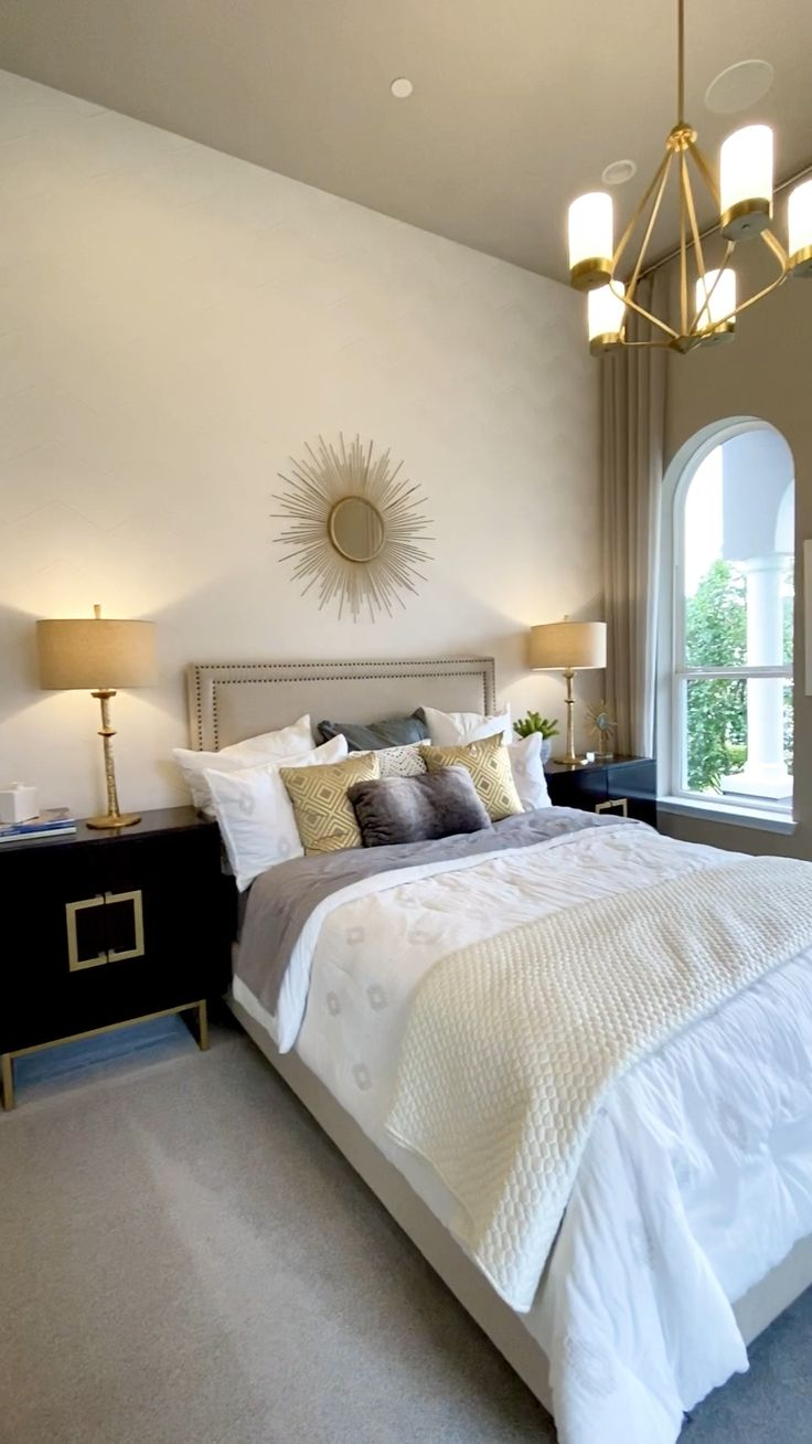 Design Your Own Room: How To Decorate Your Own Home Or Stage Your Home To Sell