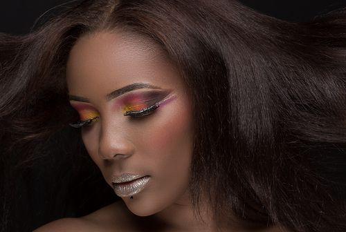 Belle gabonaise, métisse, make-up