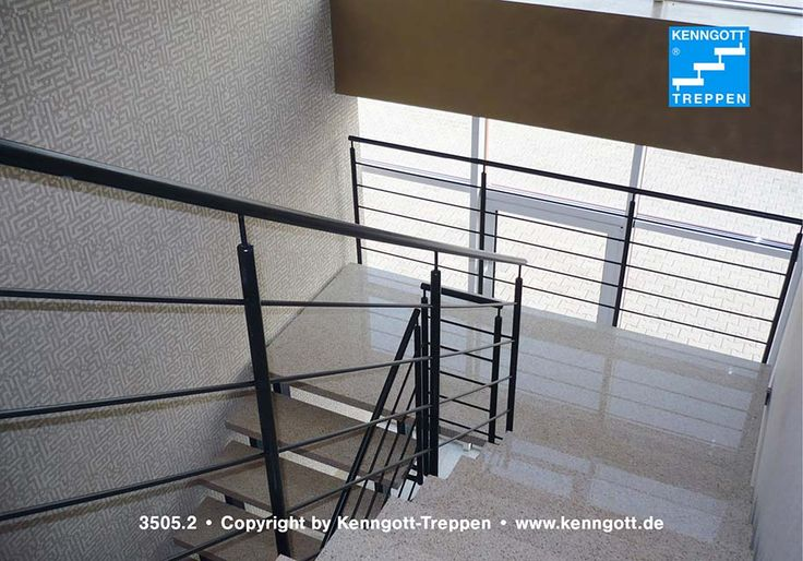 Zweiholmtreppe Stufen Floridalight  Stufenmaterial Stein Floridalight (Betonwerkstein), Geländertyp 310 mit Rundhandlauf