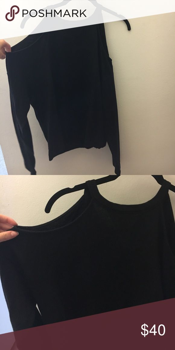 fa6170a424bb BCBG MAX AZRIA black cold shoulder sweatshirt Soft and comfy with open  shoulder, sweatshirt cuffs and hem. Worn only a few times. BCB… | My Posh  Closet