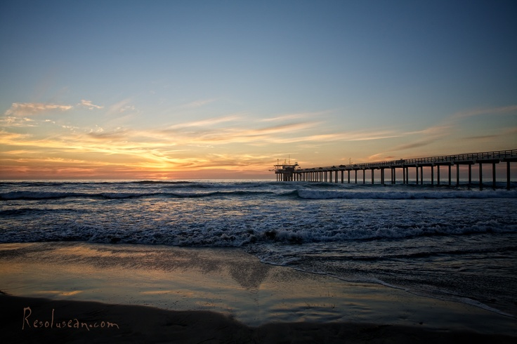 Scripps Pier Resolusean Photography
