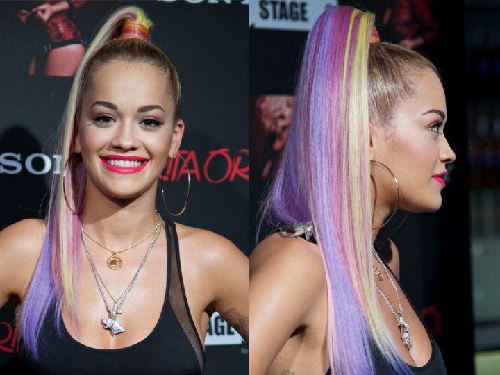Acconciature capelli lunghi Rita Ora: colori eccessivi e coda di cavallo altissima