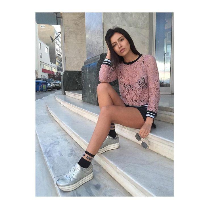A glamorous symphony of fashionable colors! Pic by Inessa Azoidoy  #boomlooks #modaboomofficial #modaboom #fashion #elegance #style #woman #shoponline   www.modaboom.com
