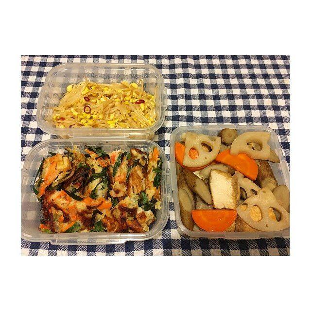 6月最終週🗓 #つくおき ・ ・ 副菜編🥕 ・ ・ *豆もやしのナムル *ちくわとカニカマのニラチヂミ *根菜と厚揚げの煮物 ・ ・ #作り置き #ごはん #お家ごはん #常備菜 #肉 #野菜 #主食 #副菜 #主菜 #お弁当 #料理 #supper #dinner #meal #lunch #vegetables #meat #instacook #instafood #instagood #japanese #food #love #eating #yammy #hungry #allday #l4l #l4f