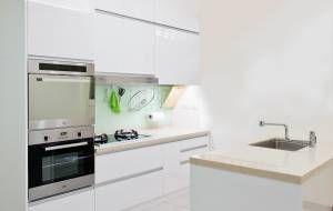 達亦精品櫥飾服務項目包含系統櫥櫃、廚具、衛浴設備、系統傢具、系統櫃,達亦堅持著四大原則:『專業丈量』、『設計規劃』、『永續服務』、『優質施工』。嚴格的品管監督,提供品質良好的系統櫥櫃,並讓您擁有最佳的售後服務!