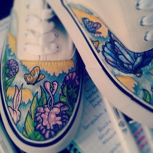 Working on some Harmonium themed shoes! I was able to create a watercolor effect with sharpie markers on canvas shoes! Come see the details on my facebook page «Fauve Boudreau Creations» :) www.facebook.com/fauvebcreations  #harmonium #shoeart #shoes #art #artist #watercolor #sharpie #afterrain #rain #music #album #cover #colors #colorful #flowers #singer