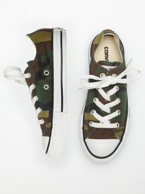 Way cool! Converse Camo Chuck Taylor boys shoes.