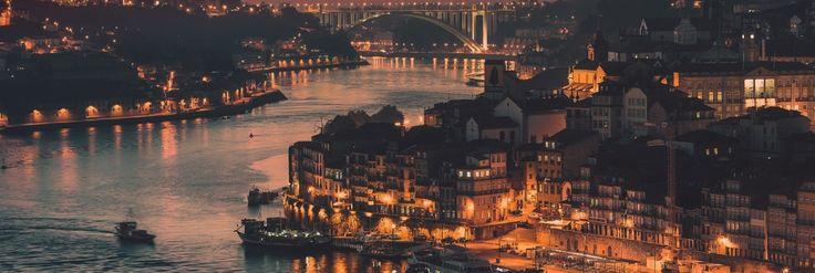 Things to do in Portugal | Coisas a fazer em Portugal: cruzeiro no Douro (Porto, Portugal) #oportoéumanação #porto #nortedeportugal #portugal #riodouro #cruzeiro #portugalbeauty #landscape #night