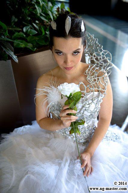 Katniss Everdeen cosplay in her wedding gown. Fantastic!  sc 1 st  Pinterest & The 25 best Katniss Wedding Gown images on Pinterest | Wedding dress ...