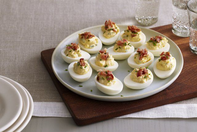 bacon-chive-deviled-eggs-127752 Image 1