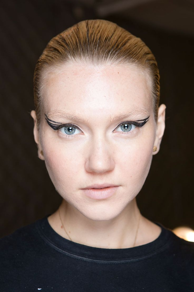 CARMEN MARC VALVO All the Statement-Making Eyes from Fashion Month You Need to See | StyleCaster