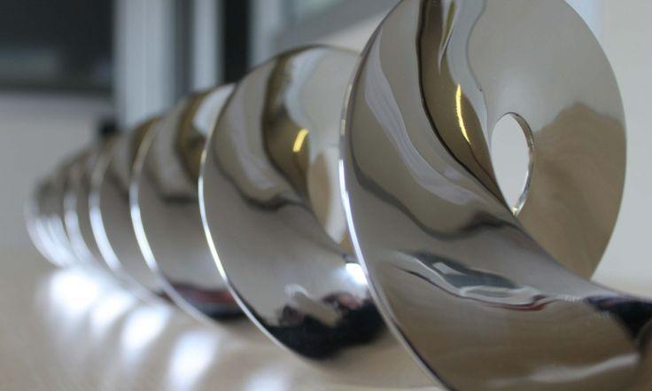 LUCIDATURA  La lucidatura conferisce ai metalli un'aspetto unico e pregiato, adatto a prodotti destinati sia a settori come arredamento, design e automotive, sia a settori come il medicale, alimentare e meccanico in genere.  http://www.puliturametalli.com/?portfolio=lucidatura-2  Frigerio s.r.l. www.puliturametalli.com  Una gamma completa di lavorazioni per i metalli.  #Lucidatura #Smerigliatura #Satinatura #Sabbiatura #Pallinatura #magnetoscopio #qualità #criogenico #pulitura #metal