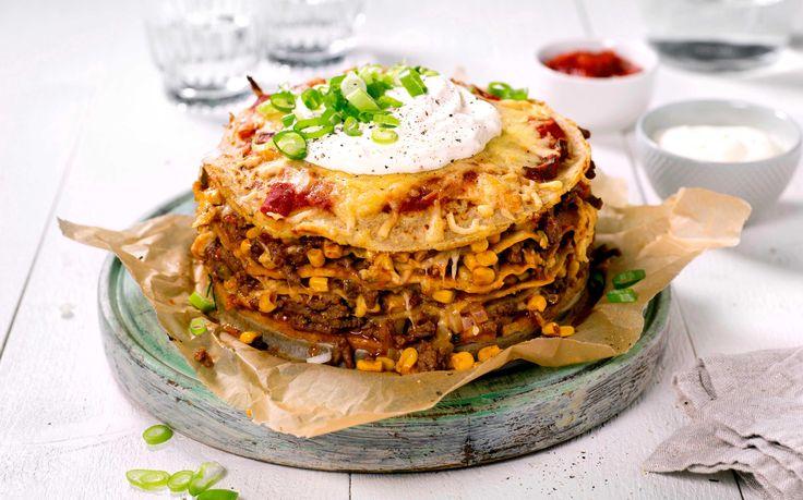 Alle elsker taco og i kombinasjon med pannekaker blir dette pannekaketårnet en sikker vinner rundt middagsbordet. Pannekakerøren er superenkel å l...