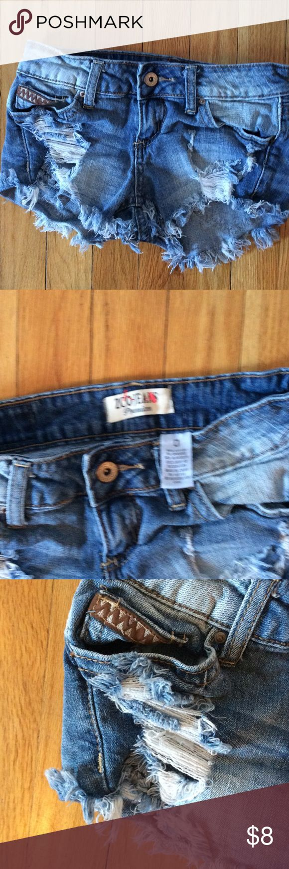 ZCO shorts cut off jeans size 0 preowned Size 0 cut offs denim  with inside pockets cut out ZCO jeans Shorts Jean Shorts