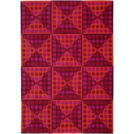 Hoogpolig tapijt van Verner Panton. Geometrisch patroon, handgetuft. 100% wol