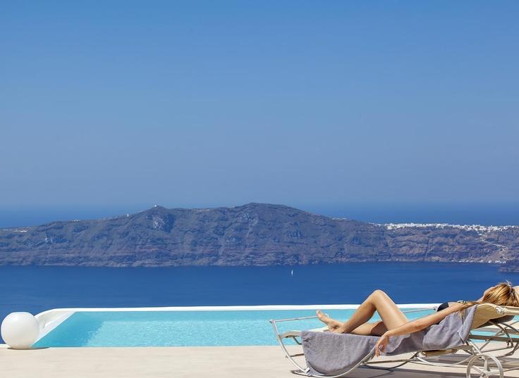 Summertime and the livin' is easy ... La Maltese Estate Santorini