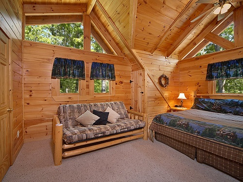 13 best country pines images on pinterest gatlinburg for Outrageous cabins country pines