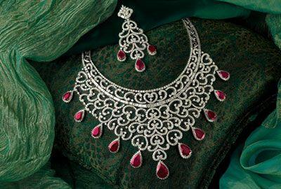 Diamond jewellery from Joyallukas...