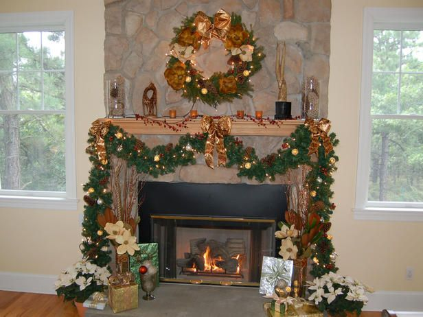 69 best christmas fireplace mantels images on pinterest christmas decorated christmas fireplace mantels decorated garland that flows down to the floor solutioingenieria Image collections