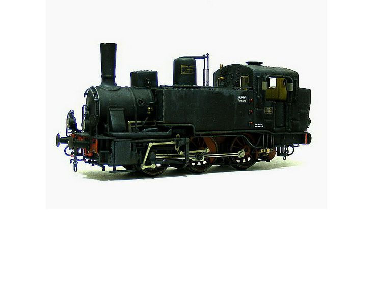Locomotiva a vapore Fs gr 835  Elaborazione da modello Rivarossi.
