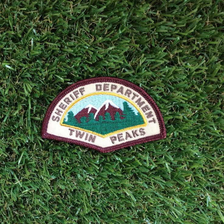 Twin Peaks inspired Sheriff Department iron-on replica fan patch David Lynch Cooper Audrey Laura Palmer Damn Fine Coffee Owl 90s tv-show by JennisPrints on Etsy https://www.etsy.com/listing/129535215/twin-peaks-inspired-sheriff-department