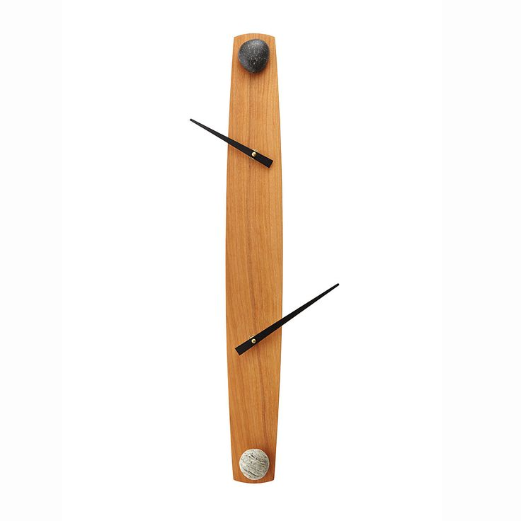 This sleekly abstracted clock has hour and minute hands that are separated.
