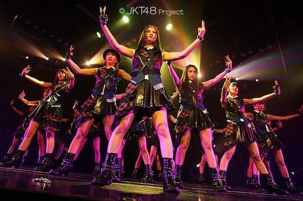 Download Lagu JKT48 - River | Lagu