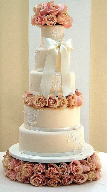 extravagant wedding cake stands 637 best images about wedding cakes on 14075