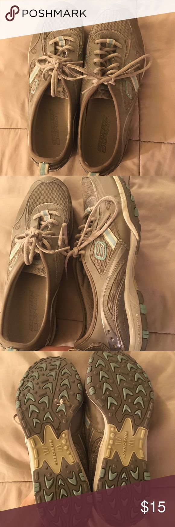Sketchers sneakers size 10 Hardly worn (like maybe 2-4 times) sketchers. Size 10. No flaws or stains. Good shoes Skechers Shoes Sneakers