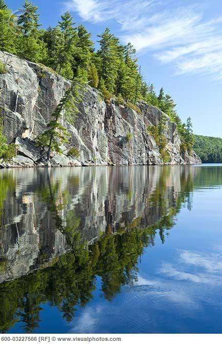 Granite Cliff, Rock Lake, Algonquin Provincial Park, Ontario, Canada