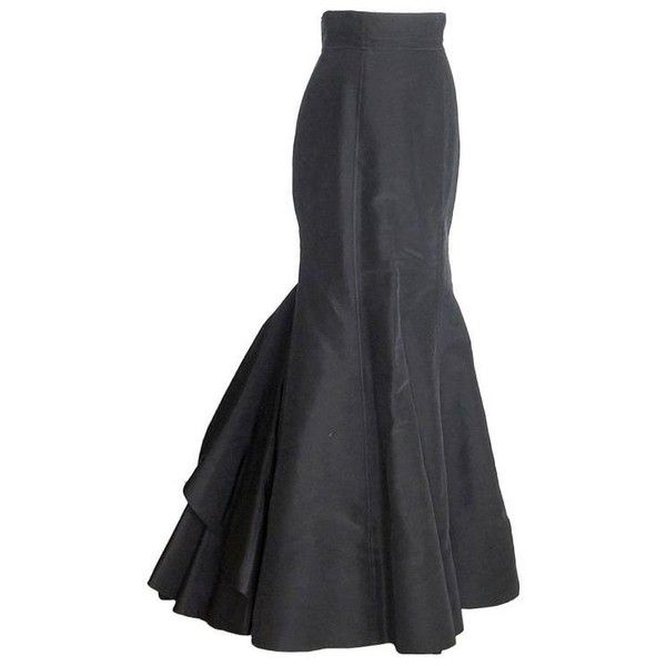 Preowned Oscar De La Renta Skirt Silk Tafetta Long Formal Remarkable... ($2,795) ❤ liked on Polyvore featuring skirts, long skirts, multiple, long ruffle skirt, long black taffeta skirt, long evening skirts and black skirt