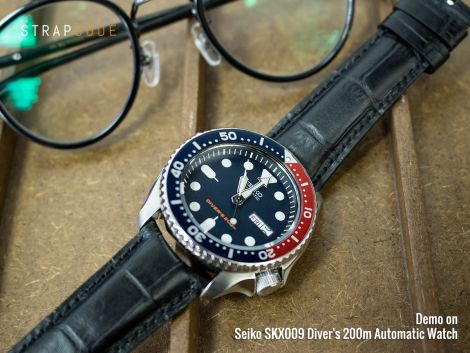 Wednesday morning with #MiLTAT Matte black semi-curved watch strap on Seiko SKX009  #strapcode