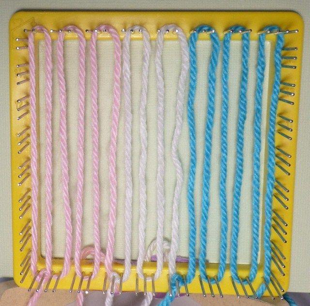 Warp Layer 1 6 strands pink (C1) 4 strands white (C2) 6 strands blue (C3)