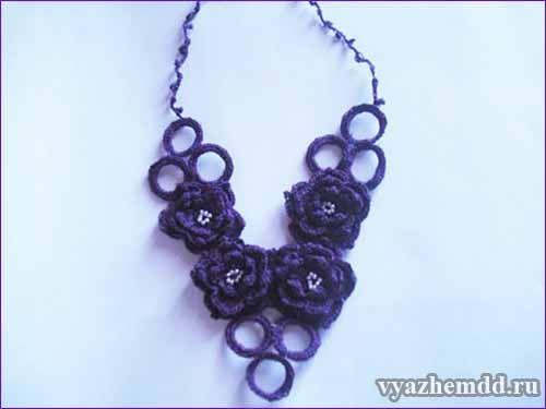 Цветочное ожерелье, связанное крючком - МК