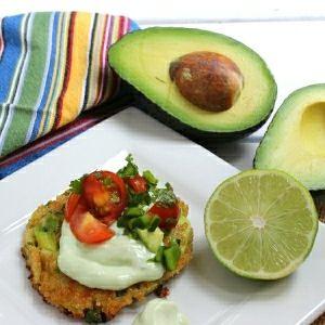 Avocado Quinoa Cakes {Meatless Monday} | Craving Something Healthy…