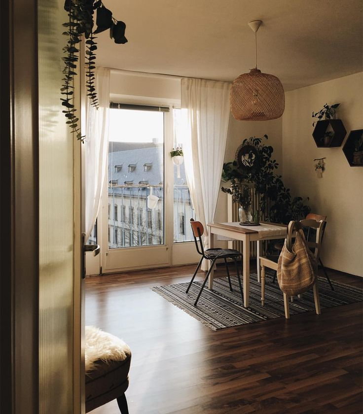 Best 25 Apartment Dining Rooms Ideas On Pinterest  Living Spaces Endearing Dining Room Apartment Ideas Inspiration Design