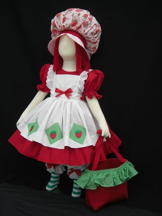 VINTAGE STYLE STRAWBERRY SHORTCAKE COSTUME 6 PC (costume inspiration)