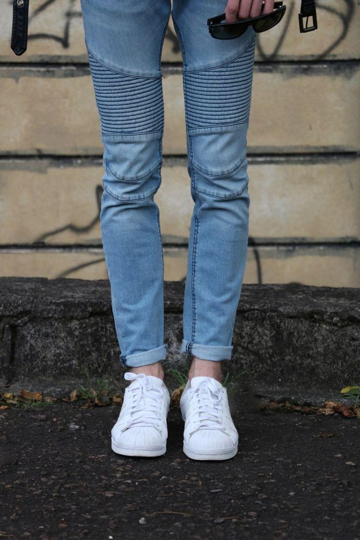 Look do dia diretamente do Blog Lincooln, por Lincoln Briniak. Lincoln, ootd, style, fashion, outfit, male, look do dia, moda masculina, óculos, óculos de sol, óculos tom ford, tom ford, óculos masculino, cabelo loiro, loiro, blond hair, corte masculino, jaqueta de couro, jaqueta perfecto, jeans azul, balmain jeans, calça balmain, tênis branco, adidas branco, adidas superstara, camisa branca, jaqueta preta