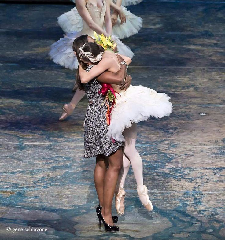 This pic made me cry. Lauren Anderson, the first black woman to be named principal of a major US ballet company (Houston Ballet) lifts Misty off her feet following her first performance as Odette/Odile in Swan Lake for ABT in the US.