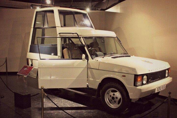 1982 Range Rover Popemobile JPII