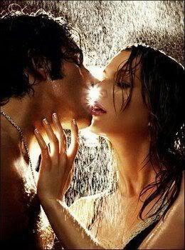 Barish Romance Kiss