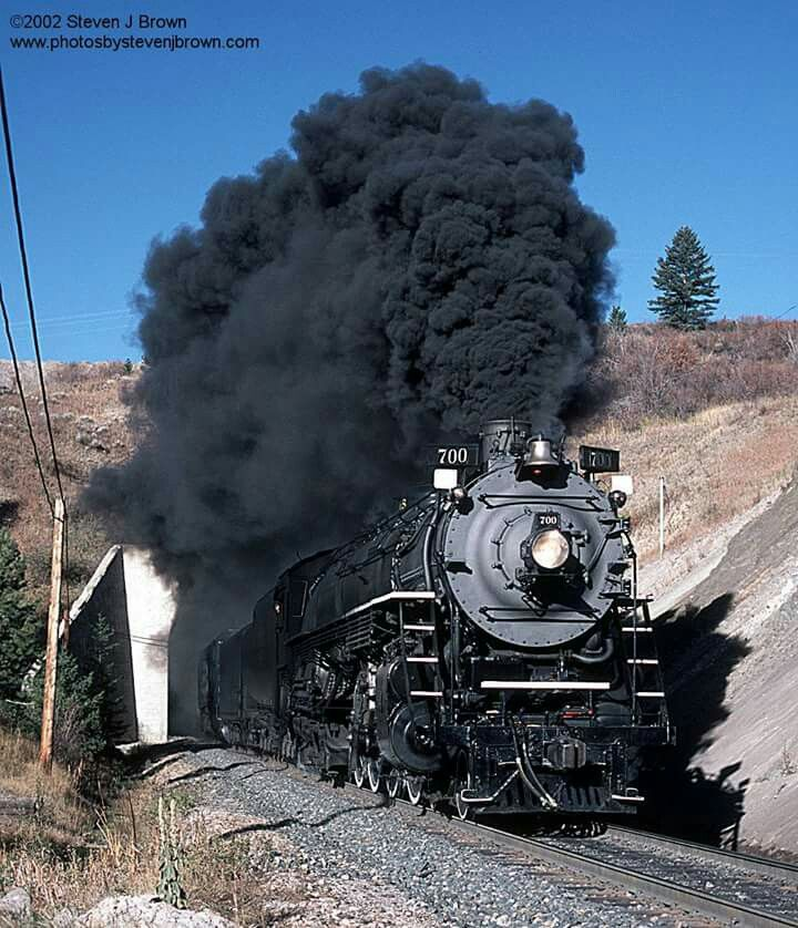 Fourteen years ago today:  SP&S 700 on the MRL at Muir, Montana on Bozeman Pass - October 14, 2002.