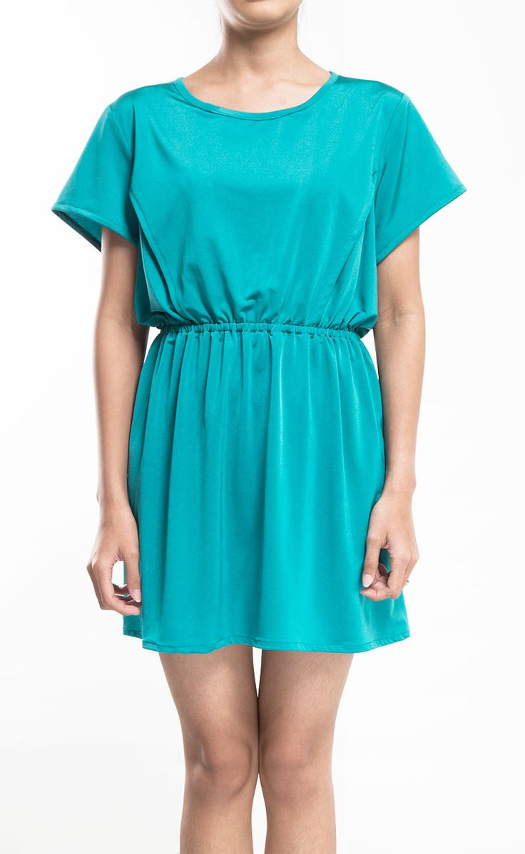 Don't you love this loose dress with elastic waistband, loose cut with a laid-back design, super chic! Jessie Blue Blouse by Mindo's, blue dress with elastic waistband perfect dress for weekend. http://www.zocko.com/z/JJa0Y