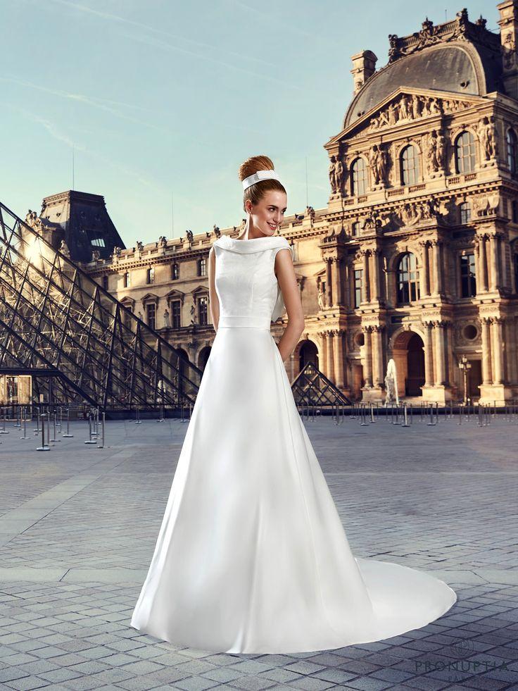 Varenne, collection de robes de mariée - Pronuptia