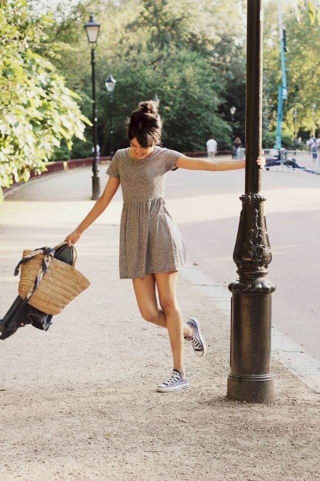 Cute short cotton brown dress, converse sneakers, basket woven wicket bag tote, silk scarf, high bun hair