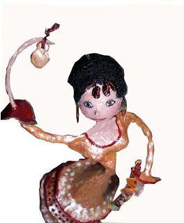 Rose Capucine: Danseuse Andalouse : personnage décoratif en papier mâché et fil de fer