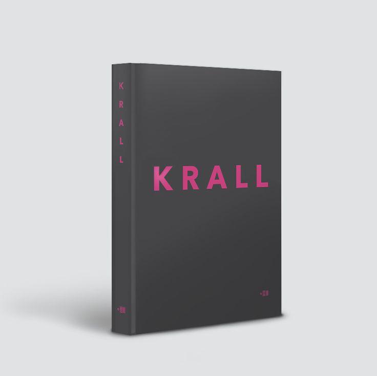 """Okładka książki """"Krall"""" Mariusza Szczygła i Wojciecha Tochmana"""