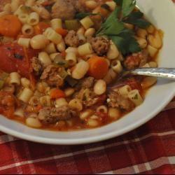 Minestrone soep met Italiaanse worst @ allrecipes.nl